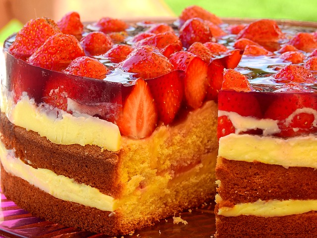 Jahodový dort s pudinkem