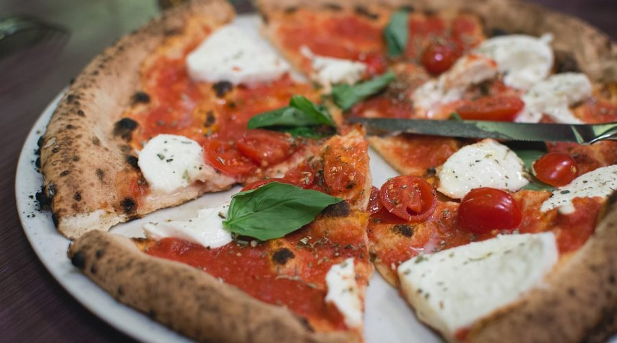 Pizza margherita - recept na pizzu